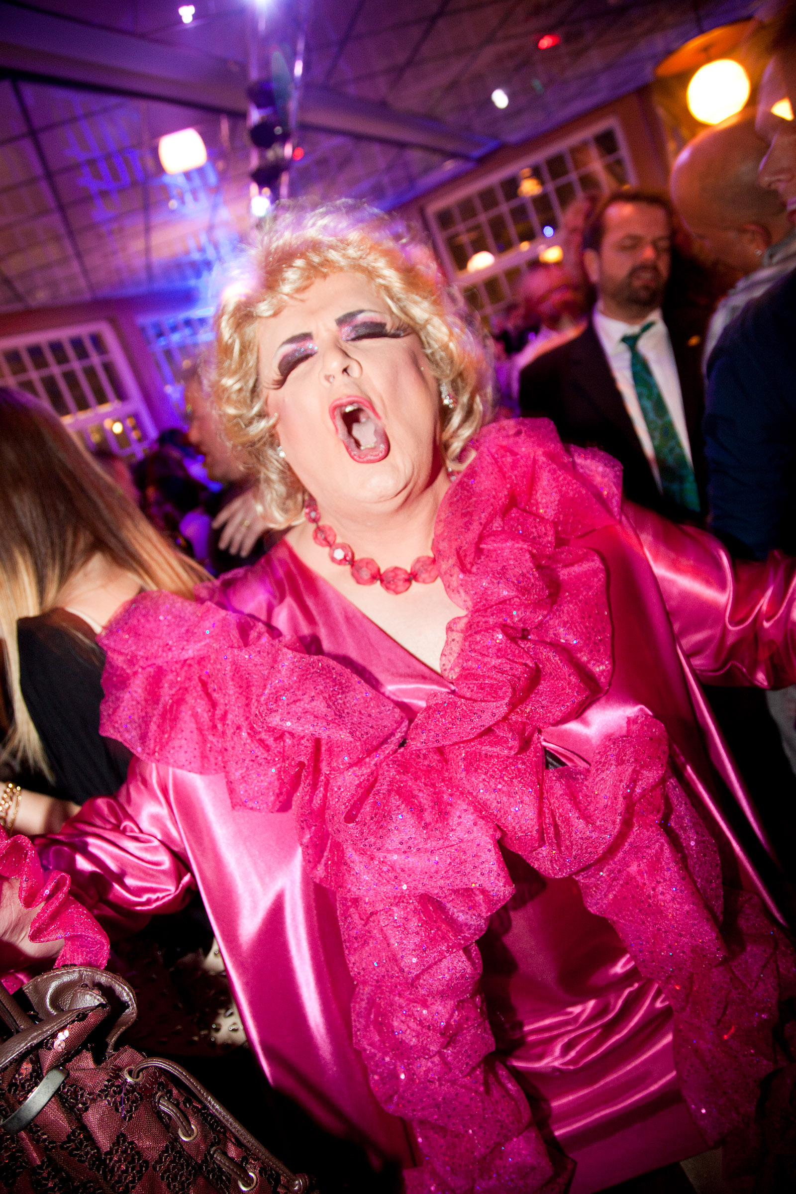Glad-drag-queen-qx-gaygala